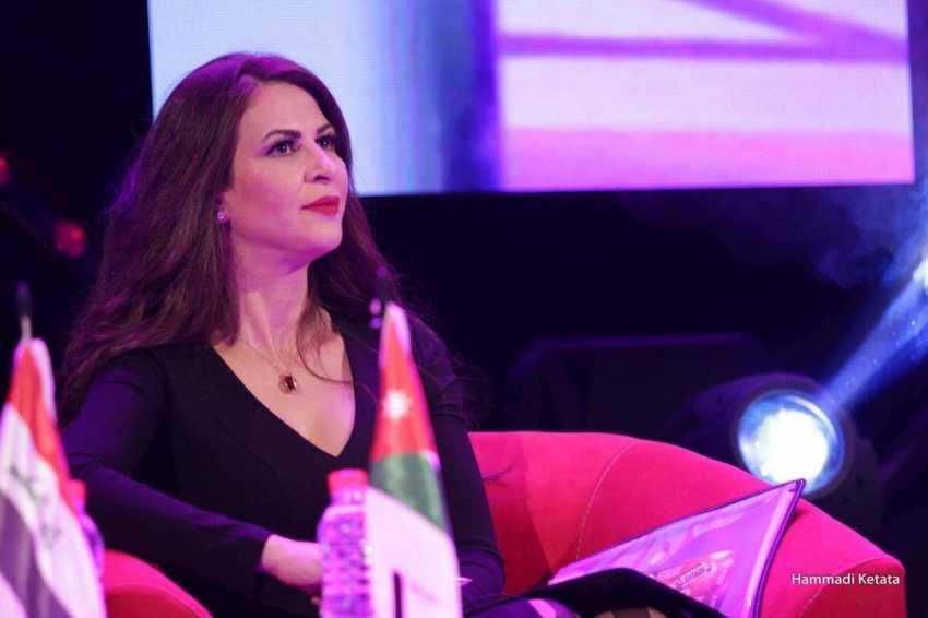 المرأة في الغناء العربي